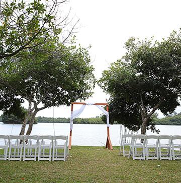 Kualoa Ranch Weddings In Hawaii