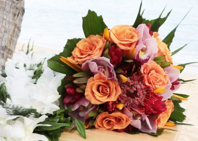 Bouquet-hand-tied-tropical